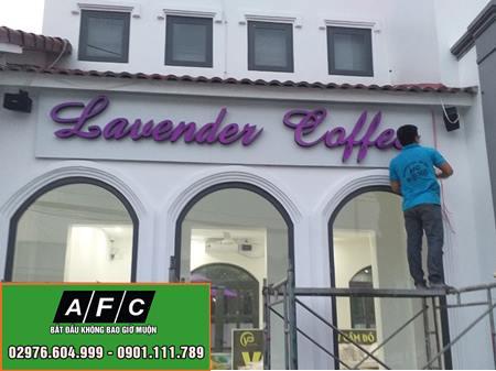 Làm Bảng Biệu Alu Chữ Nổi Đèn Led- Lavender Coffee Phú Quốc