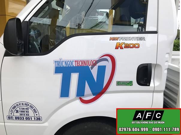 Dán Decal xe ô tô - Dán Decal xe tải giá rẻ tại Phú Quốc