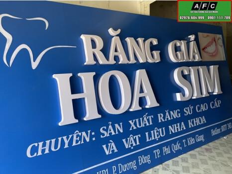 Làm bảng hiệu alu chữ nổi mica giá rẻ tại Phú Quốc